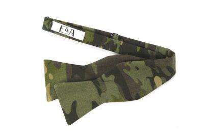 MultiCam™ Tropic Bow Tie